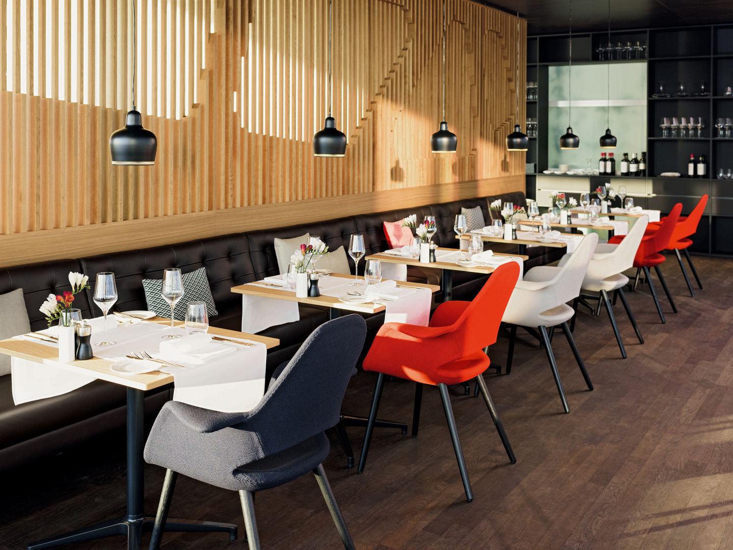 Vitra Swiss International Airlines Lounges