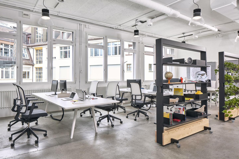 Vitra pwc switzerland experience center zurich for Experiential design sydney