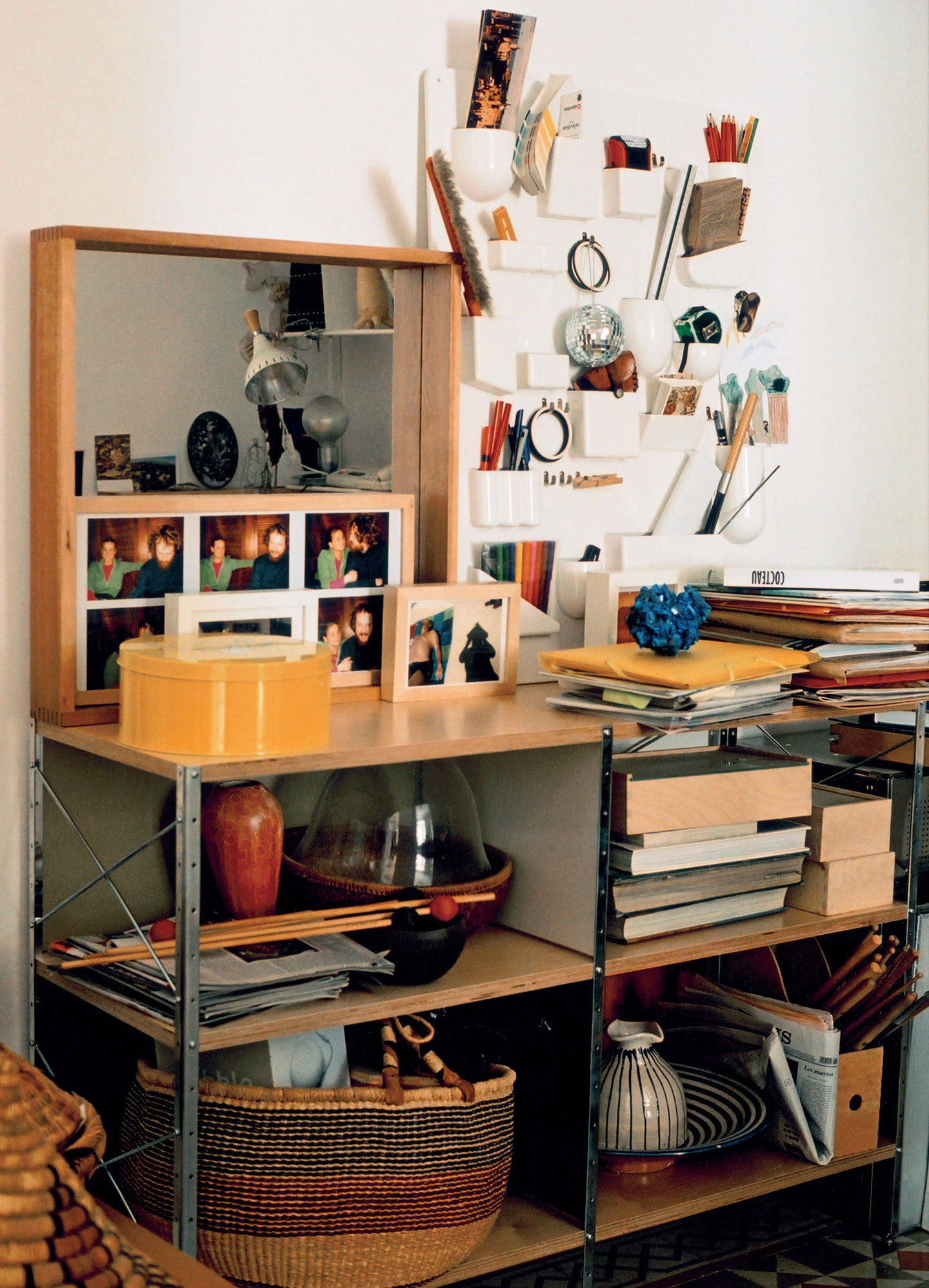 vitra uten silo. Black Bedroom Furniture Sets. Home Design Ideas