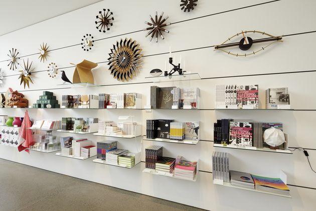 vitra vitrahaus. Black Bedroom Furniture Sets. Home Design Ideas