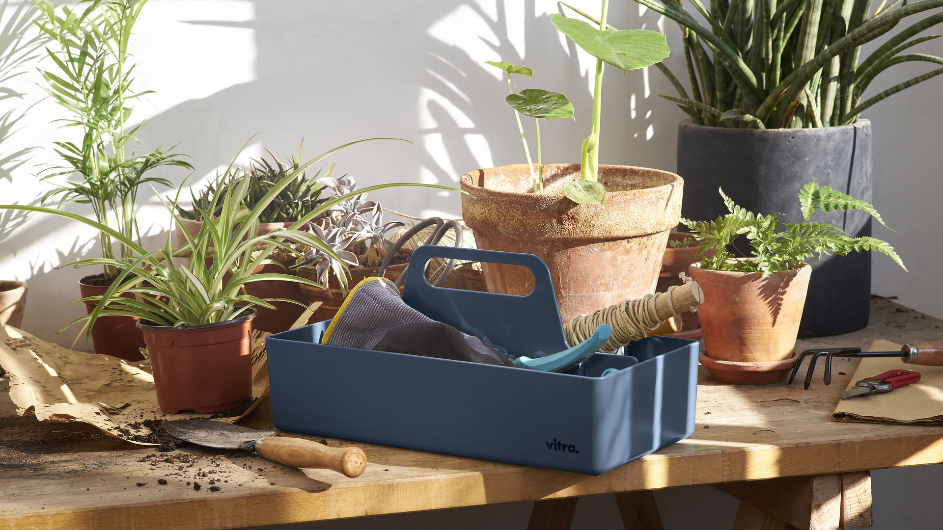 Toolbox Outdoor sea_blue_83_web_16-9