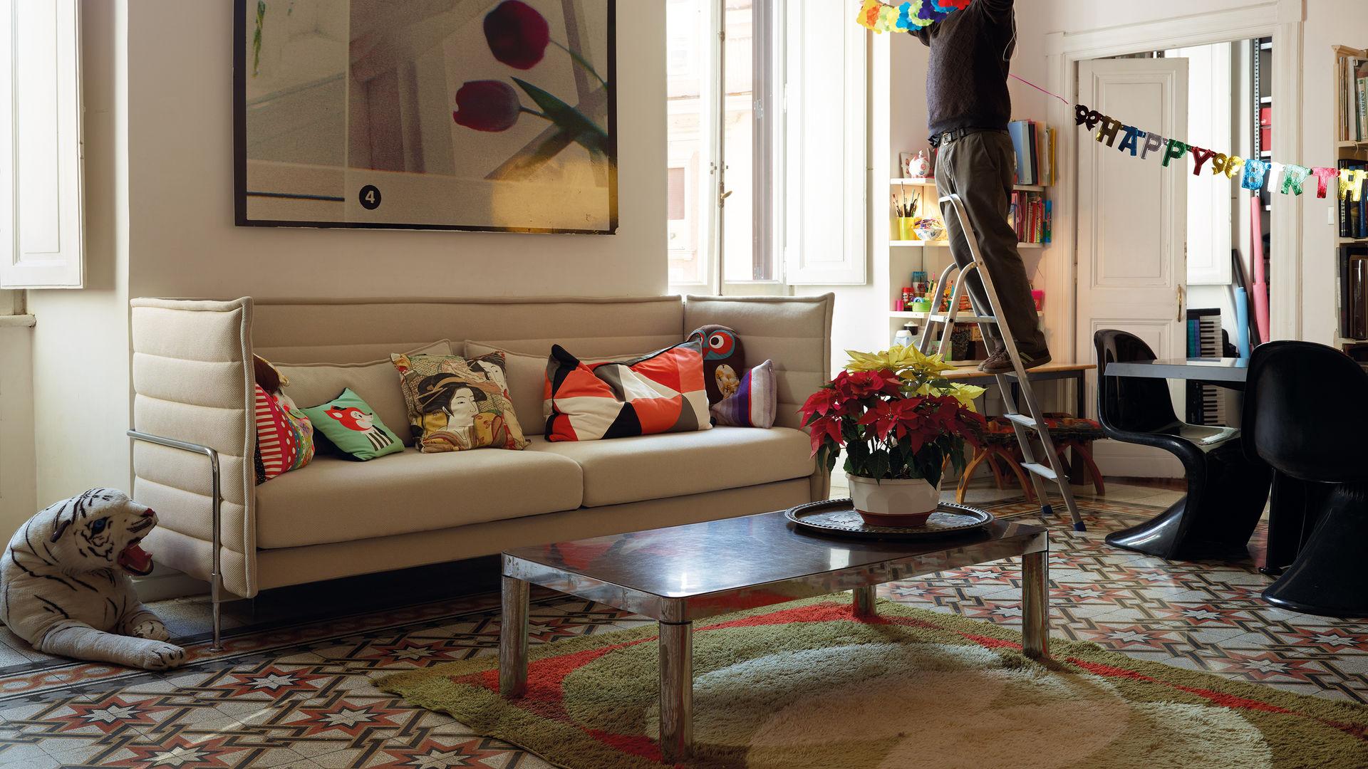 Alcove Sofa  Panton Classic_web_16-9