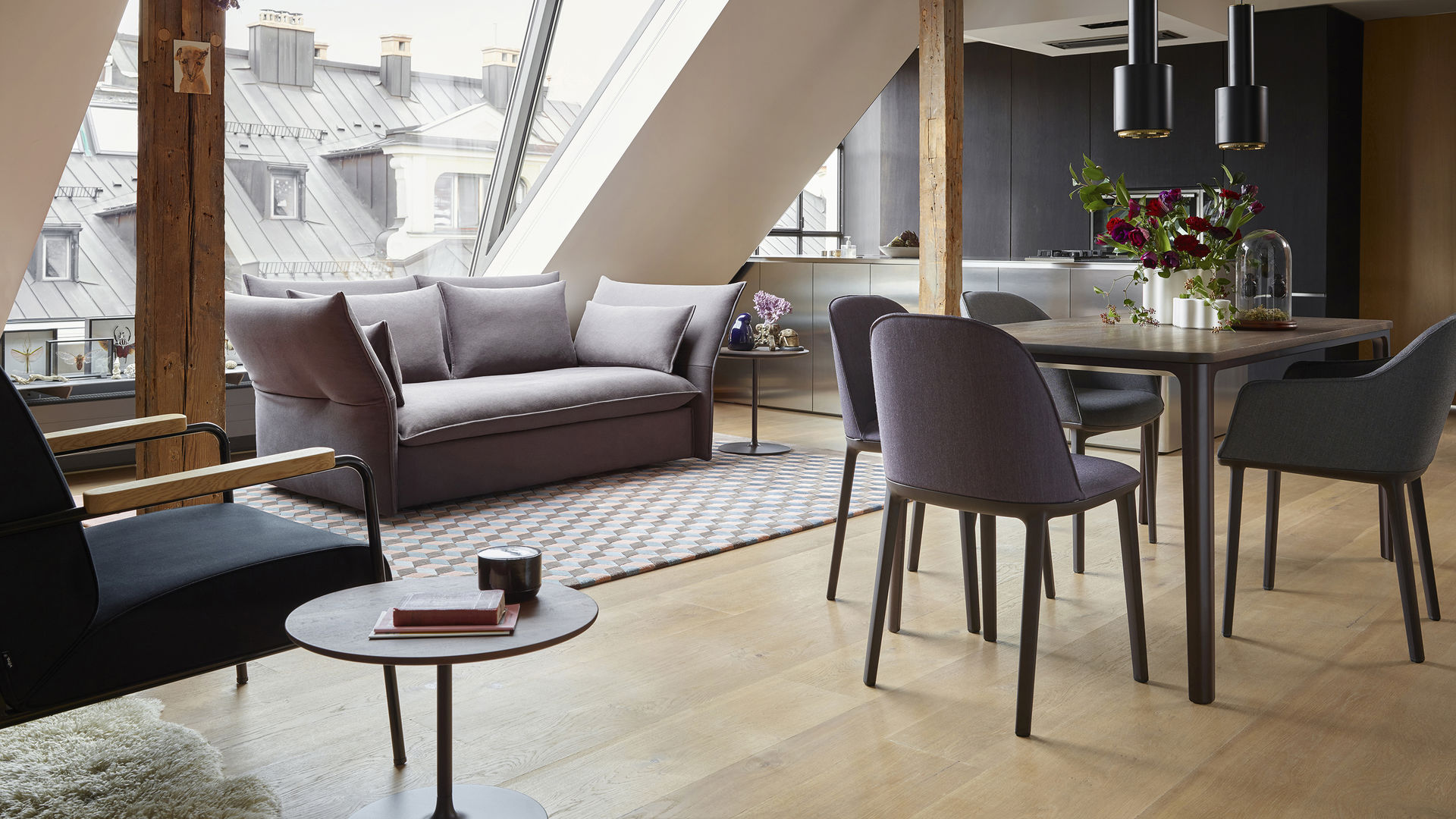 Plate Dining Table smoked oak Softshell Chairs Mariposa Sofa 2 Seater Fauteuil de Salon Occassional Low Table_web_16-9