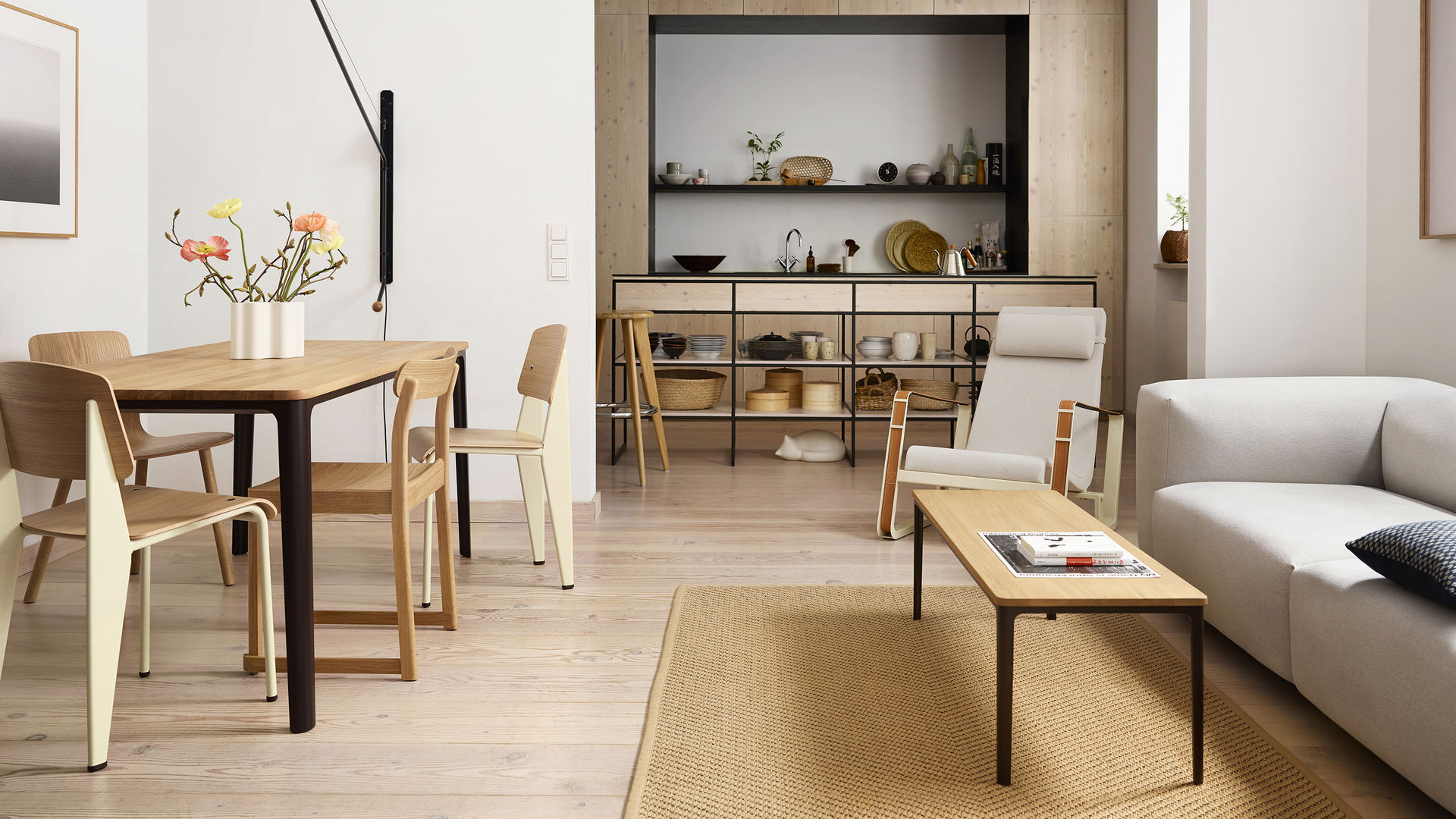 Plate Dining Table Standard HAL Plate Table Cité Soft Modular Sofa Potence Resting Animals Cat_web_16-9