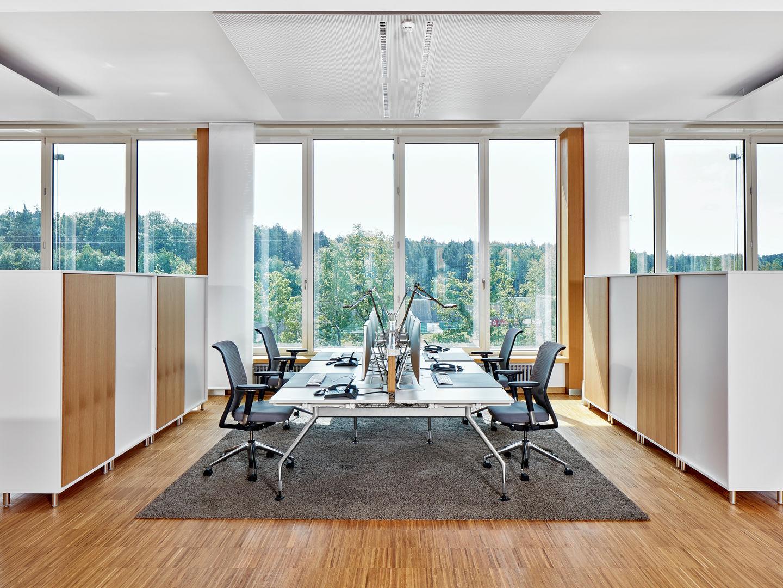 vitra thomas sabo. Black Bedroom Furniture Sets. Home Design Ideas