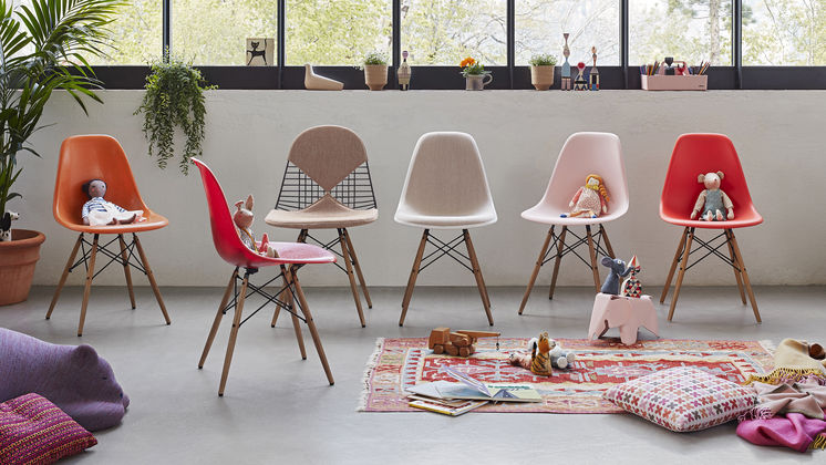 Sedia Dondolo Eames Vitra.Vitra Eames Plastic Chair