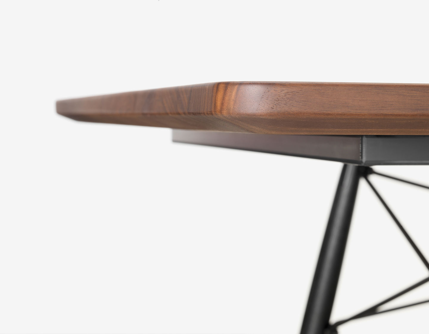 The Base Combining Wooden Legs With Metal Cross Struts Provides A Le Understructure And Emphasises Understated Elegance Of Eames Coffee Table