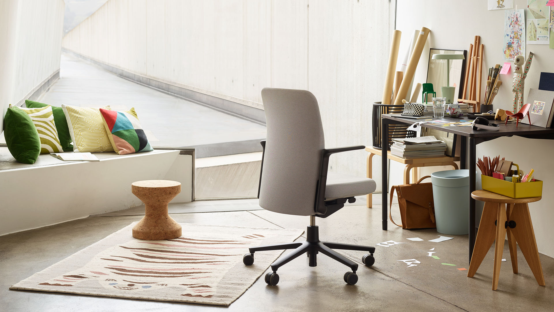 Pacific Chair Map Table Cork Stool Tabouret Solvey Happy Bin Maze O-Tidy_web_16-9
