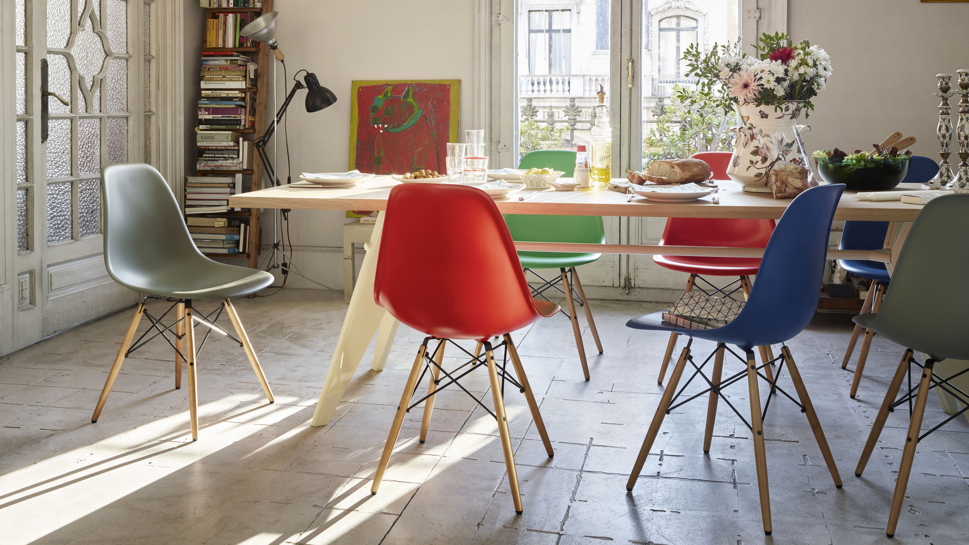 Eames Plastic Side Chair DSW New Colours EM  Table_Papernapkins_web_inspiration