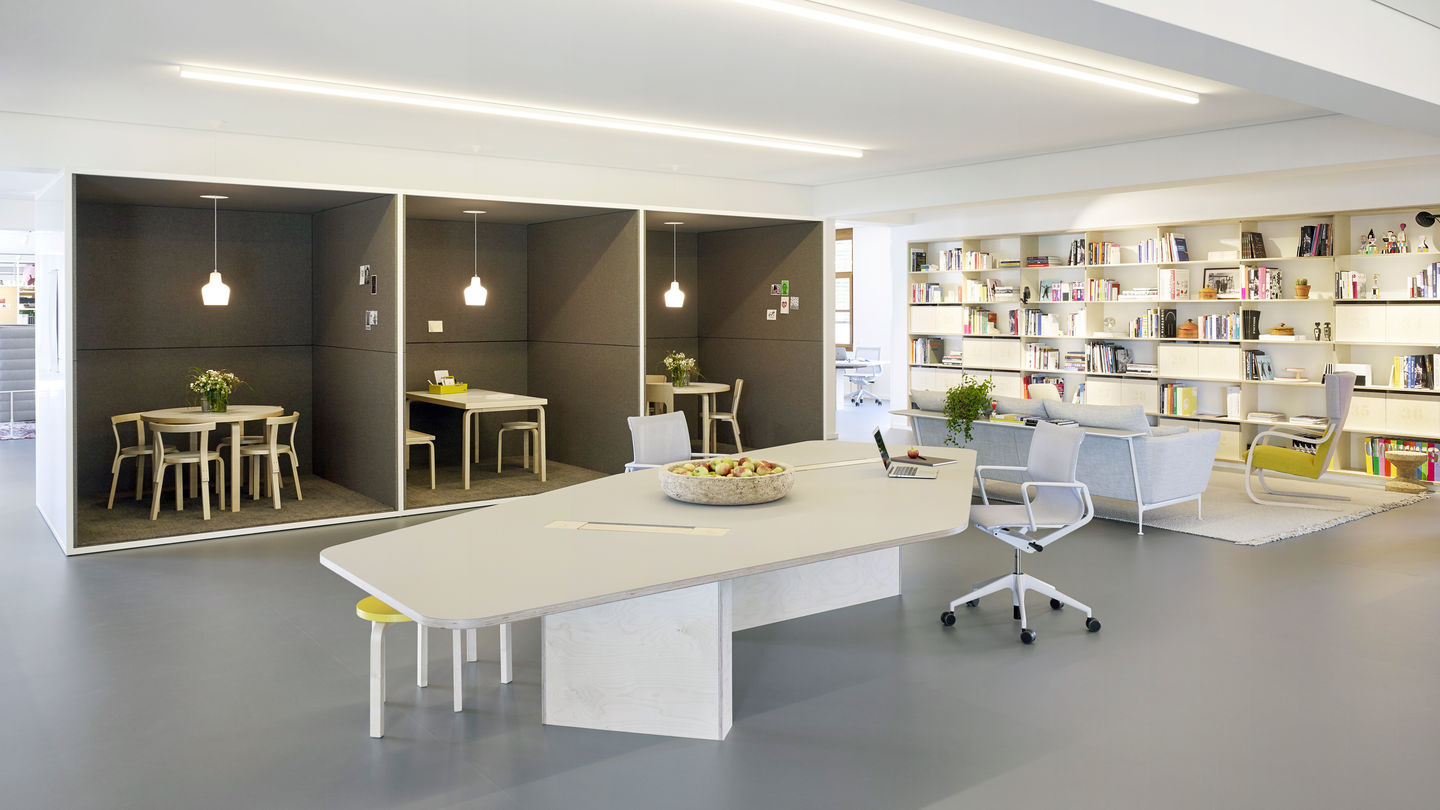 vitra studio officein 2015 sevil peach implemented another office concept entitled studio office at the vitra center, the company headquarters designed in 1994 by frank gehry