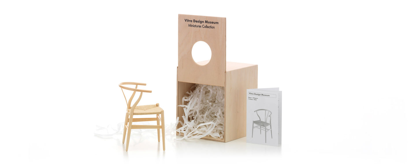 Hans J. Wegner Is One Of The Leading Representatives Of Traditional Danish  Furniture Design. His Work Has A Sound Basis, Namely A Thorough Training As  A ...