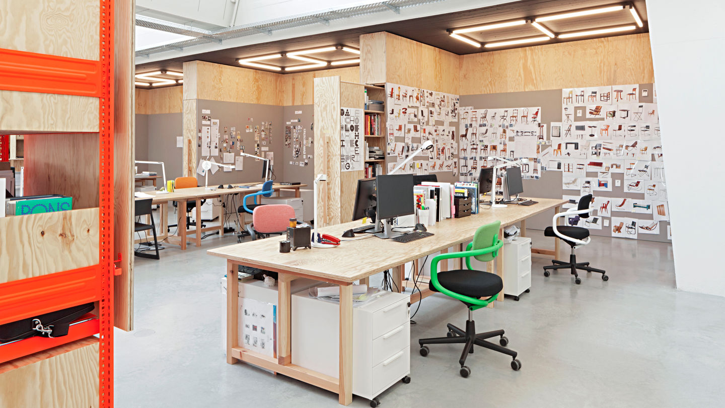 Vitra vitra design museum office for Office design concepts and needs