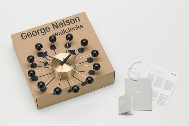 vitra wall clocks ball clock. Black Bedroom Furniture Sets. Home Design Ideas