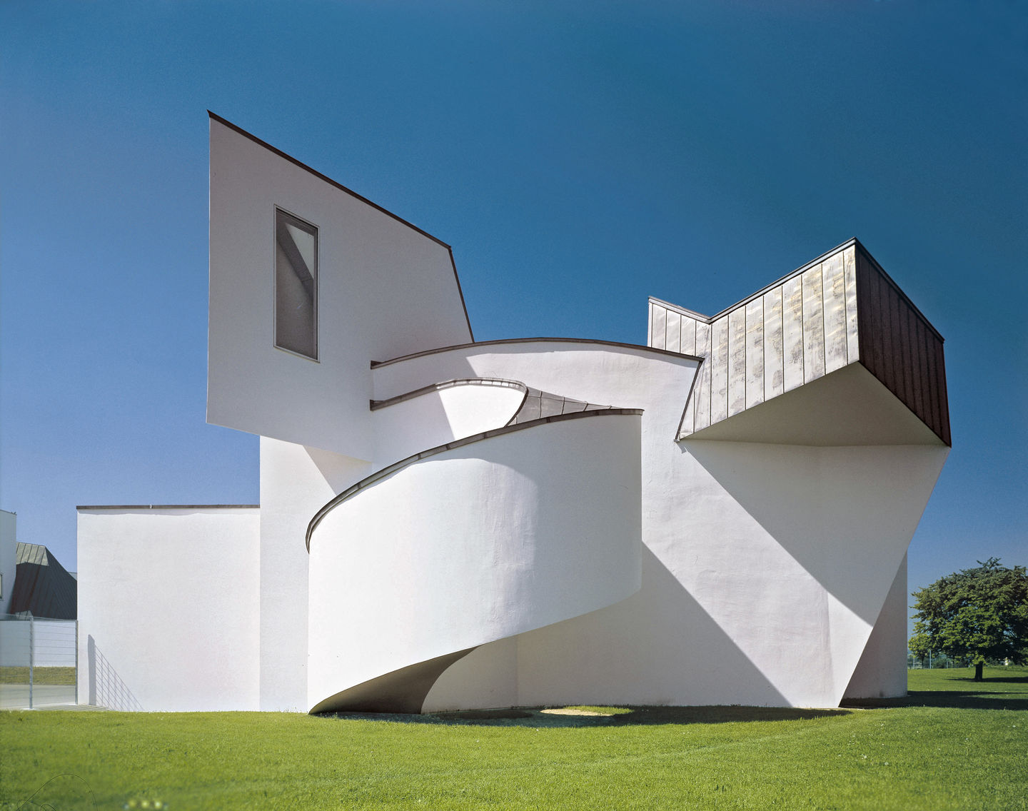 Vitra Vitra Design Museum # Muebles De Frank Gehry