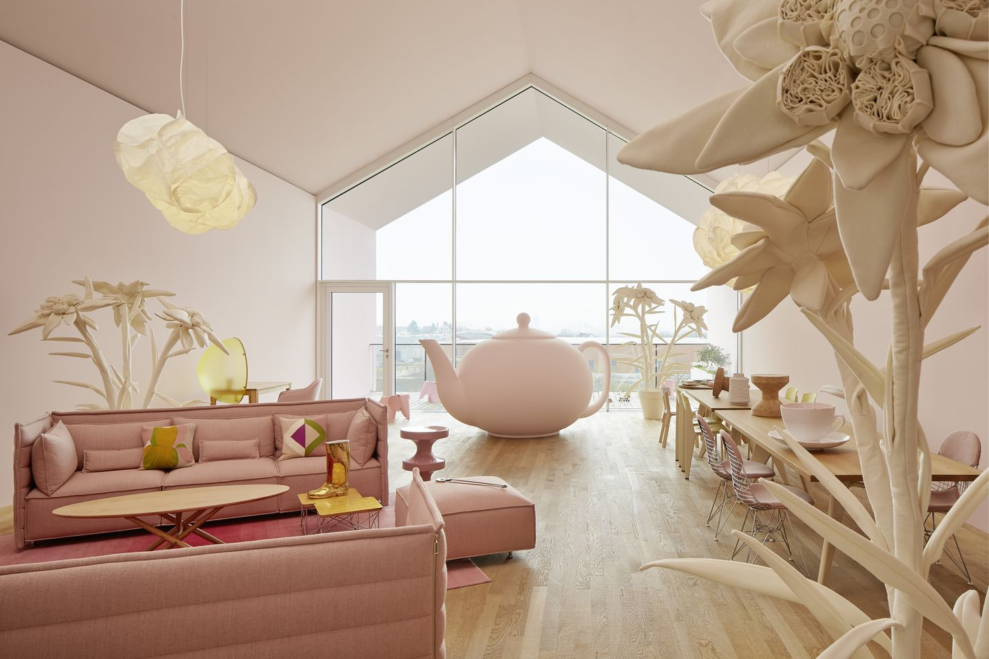 India Mahdavi Transforms The Loft Into Aliceu0027s Wonderland
