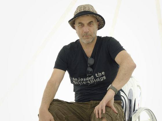 Vitra living t vac - Ron arad ontwerper ...